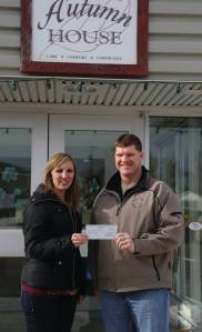 Gull Lake Elks Donate to Autumn House