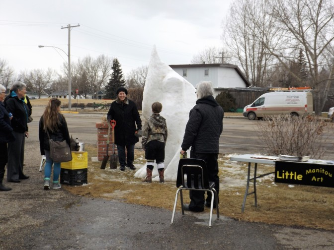 Snow Sculptor Makes Winterfest Appearance
